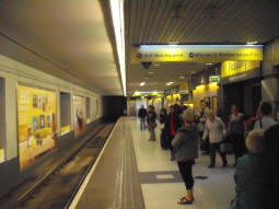 Looking the other way along the Departures platform
